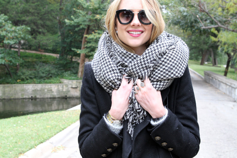 Oversized Houndstooth Scarf