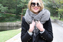 Load image into Gallery viewer, Oversized Houndstooth Scarf