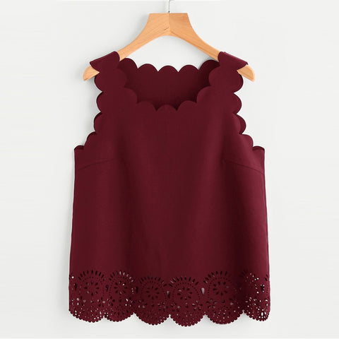 SCARLET'S SCALLOPED SHELL TOP