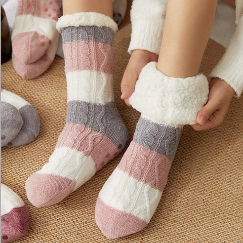 THE SASSY STRIPE SLIPPER SOCK