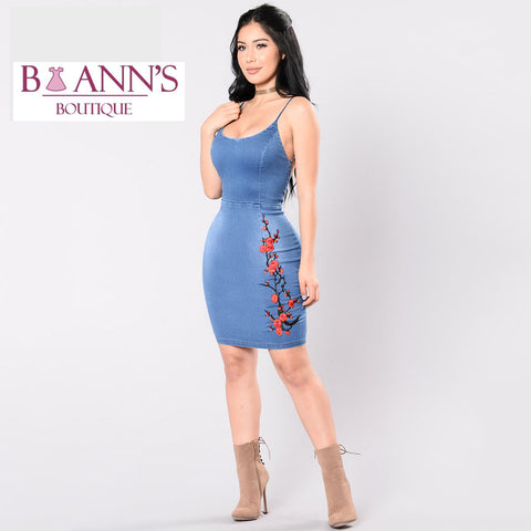 FLORAL EMBROIDERED DENIM DRESS - B ANN'S BOUTIQUE