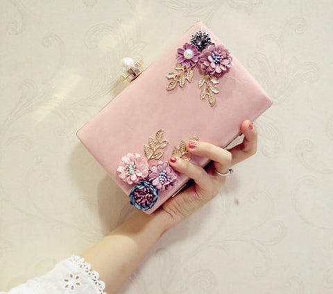 FLORAL EVENING CLUTCH - B ANN'S BOUTIQUE