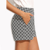 IT'S A BLACK & WHITE THING SHORTS - B ANN'S BOUTIQUE