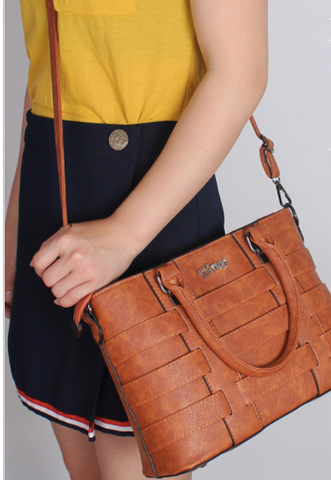 WOMENS CROSSBODY LEATHER HANDBAG - B ANN'S BOUTIQUE