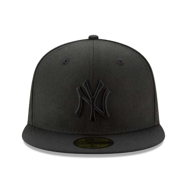 f5c64ada26987 New Era MLB COLLECTION NEW YORK YANKEES BLACK ON BLACK 59FIFTY FITTED