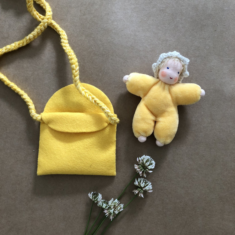BABY IN PURSE ~ YELLOW