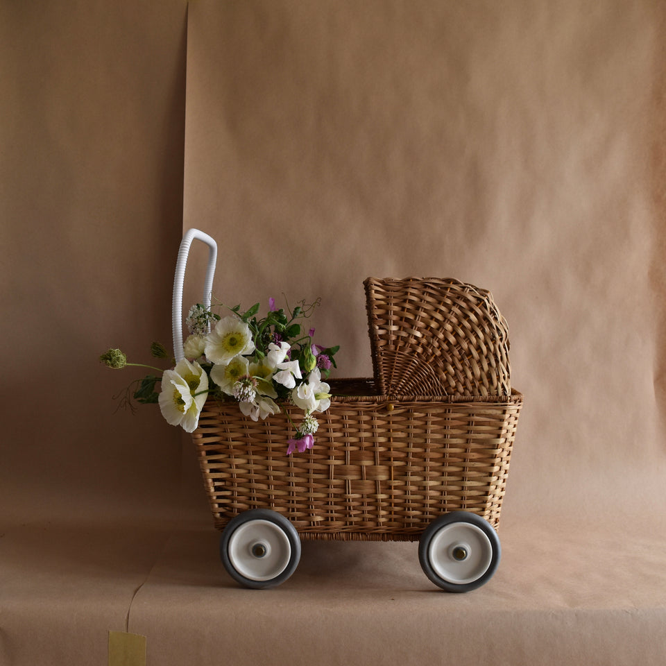 WICKER PRAM ~ NATURAL