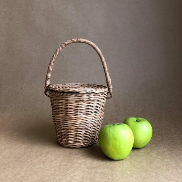 APPLE PICKING BASKET ~ OLLI ELLA