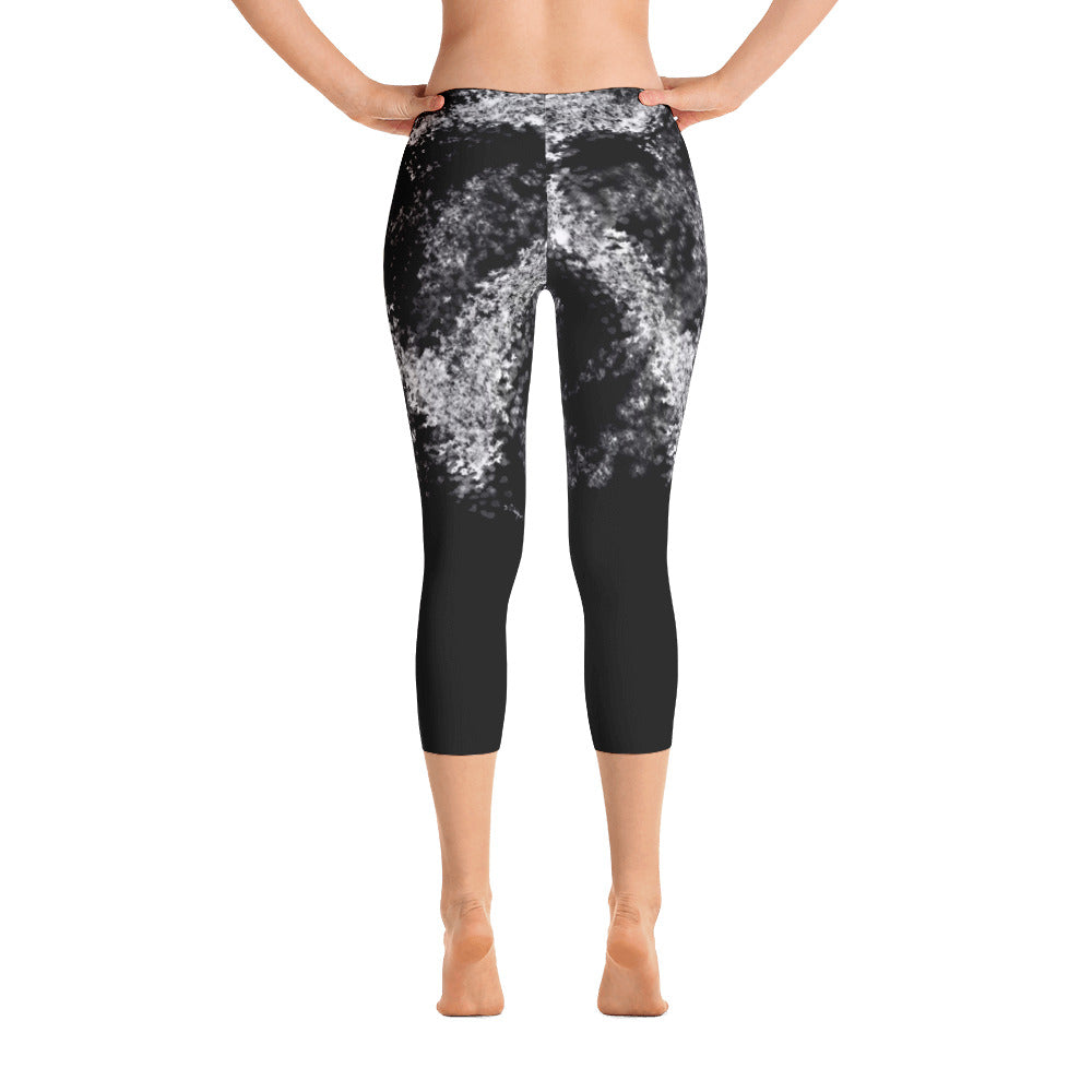 """Give love"" Capri Leggings"