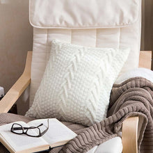 white knitted throw pillow cover