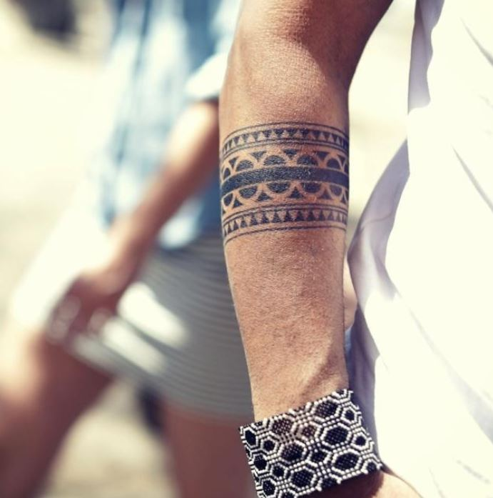 Spotlight on Armband Tattoos and their Meanings - easy.ink™