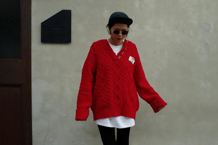 RED 100% WOOL OVERSIZED SWEATER *BEST BUY*