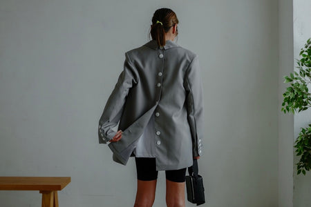 ( BLACK / GREY ) BUTTON BACK OVERSIZED BLAZER *LAST ONE*