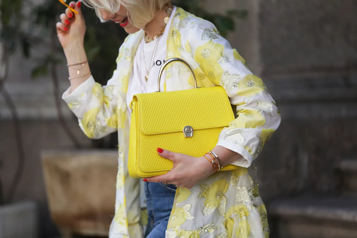 5 REASONS FOR WEARING A YELLOW BAG THIS SUMMER!