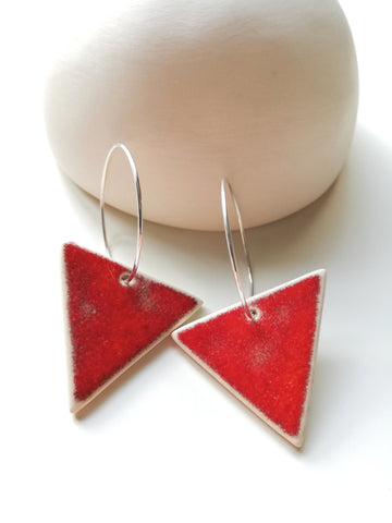 Triangular Hoop Drop - Lava Red
