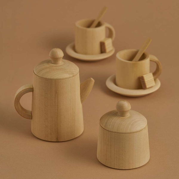Toy tea set, natural.