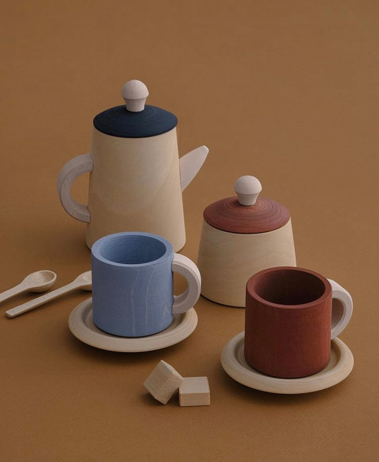 Toy tea set