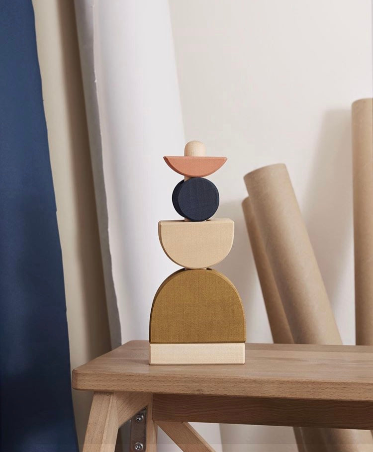 Shapes wooden stacking tower