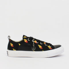 McQ By Alexander McQueen Fireball Swallow Pump Low Black
