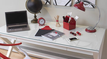 How to Organise Your Desk