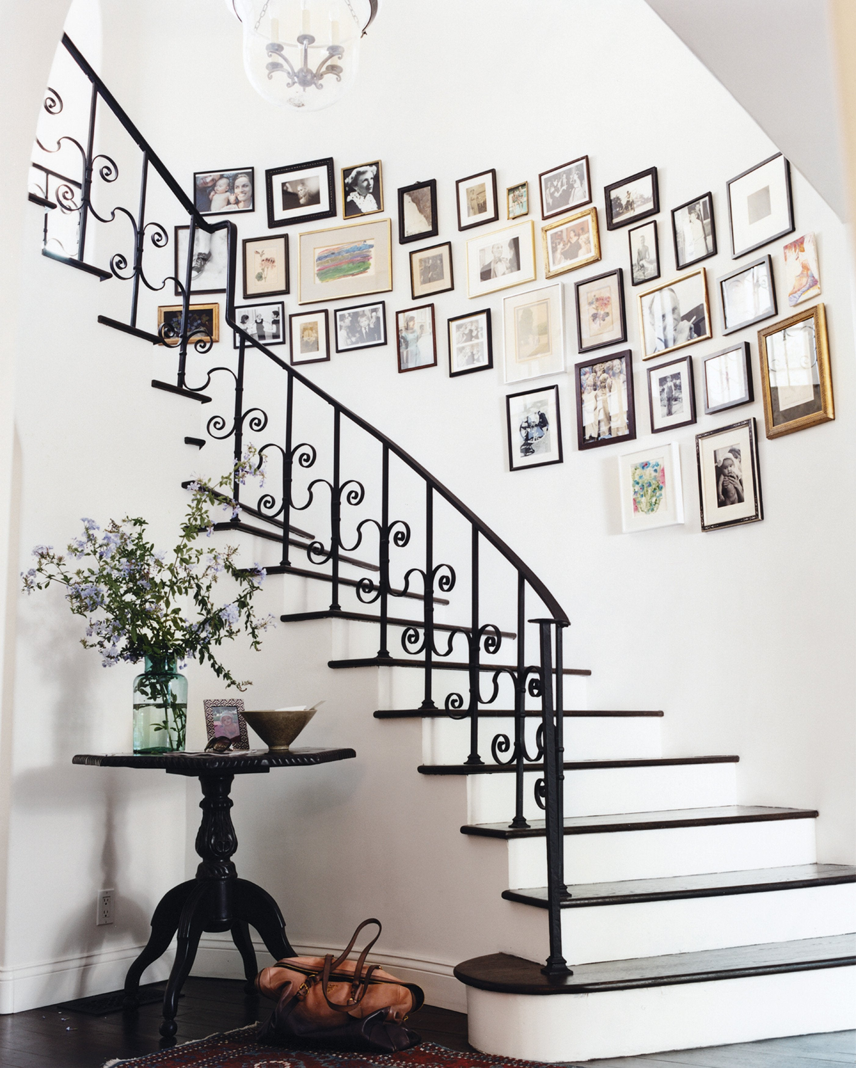 How High to Hang Pictures Along Stairs