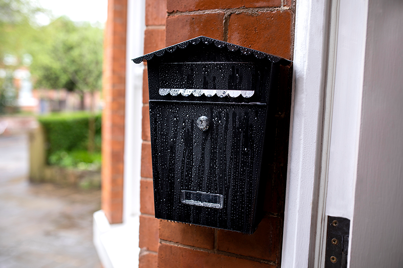 How to Fit a Wall-Mounted Letterbox