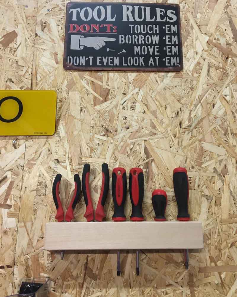 Workshop Organisation - Mount Tools on the Wall