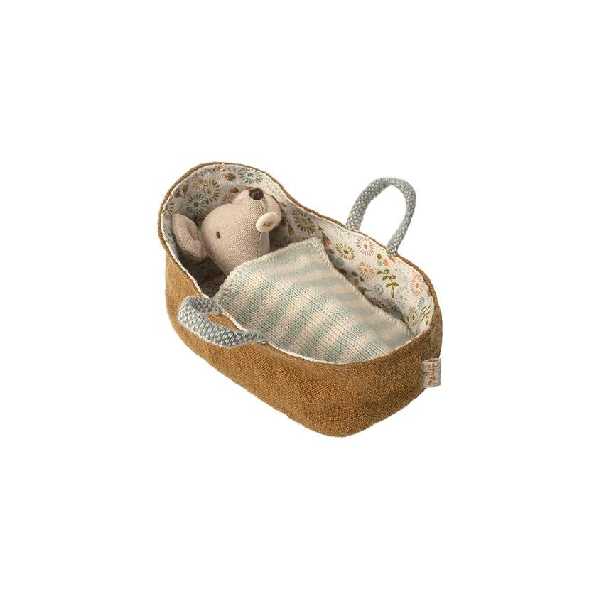 Maileg Baby Mouse in Carrycot Couverture Rayures Bleu