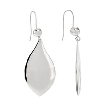 925 sterling silver Planet Drop medium size hanging earring from the KInz Kanaan Rhytm collection. Can be worn as a single or in pairs. Danish Arabic Jewellery Design.