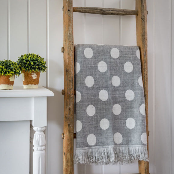 Retreat - Reversible Polka Dot Throw | 20SS35