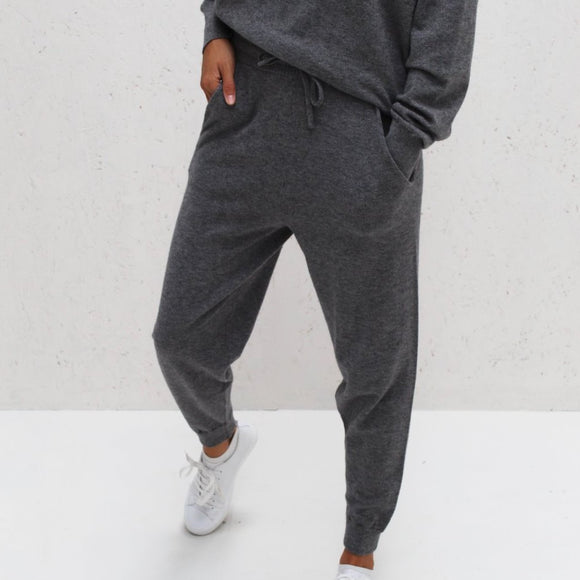 Chalk - Lucy Lounge Pant | Charcoal