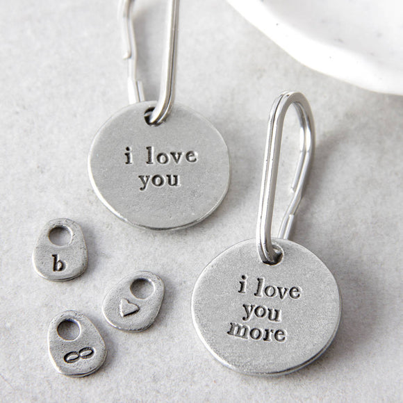 Kutuu - 'I love you more' Keyring