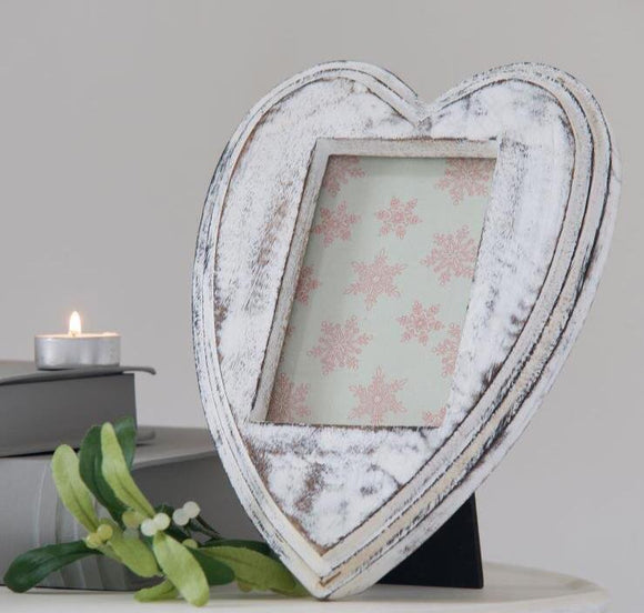 Retreat - Heart Shape & Aperture Whitewashed Photo Frame - 6SS62