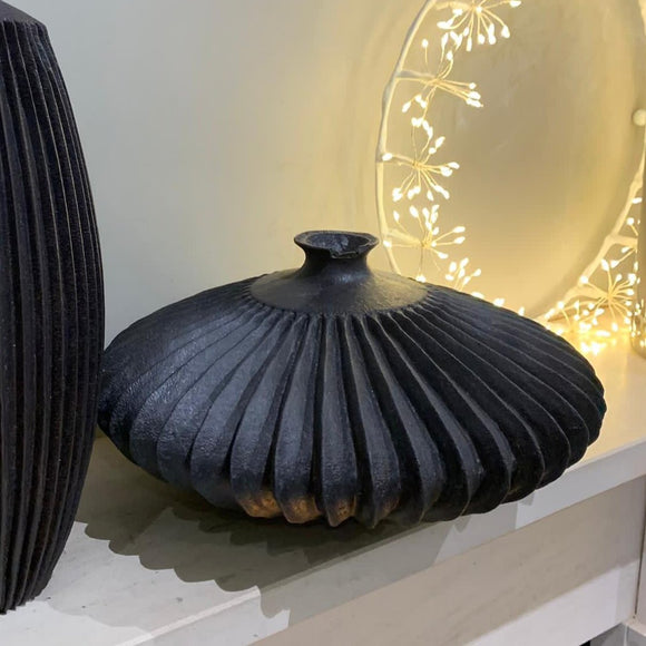 Wikholme Garbo Deco Black Ribbed Vases