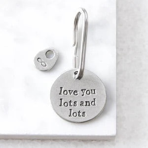 Kutuu - 'love you lots and lots' Keyring
