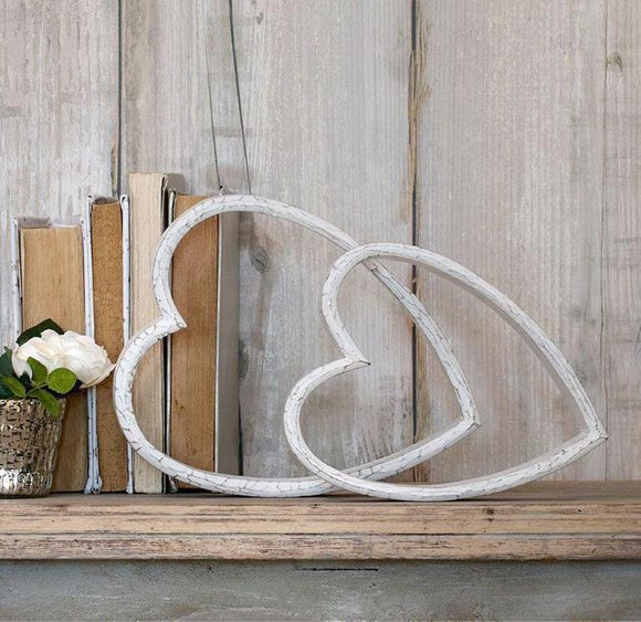 Retreat - Set of 2 Mantelpiece Sleeping Hearts in Distressed White