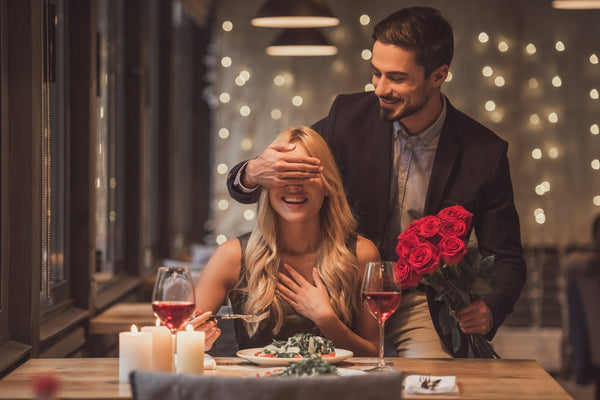 Online Dating Dictionary: 2018's Weirdest Trends