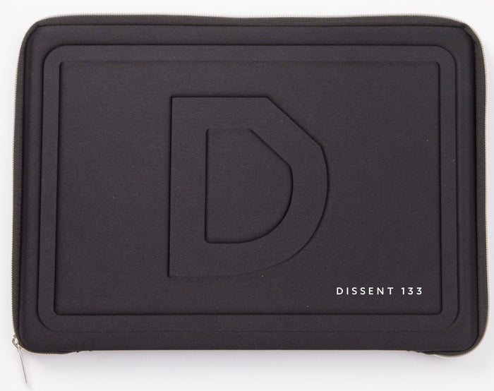 Dissent 133 Cycling Glove Case Closed