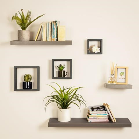 Secrets for styling your shelves