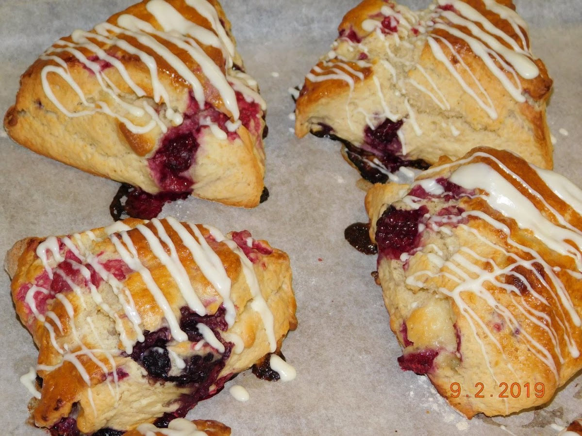 White Chocolate Raspberry Scone