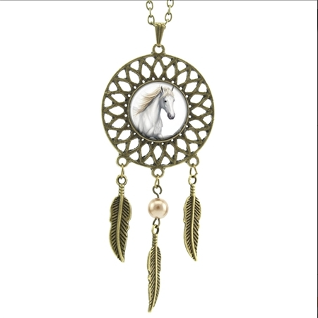 Dreamcatcher Simulated Pearl White Horse Head Running Necklaces