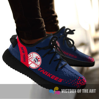 Simple Logo New York Yankees Sneakers As Special Shoes