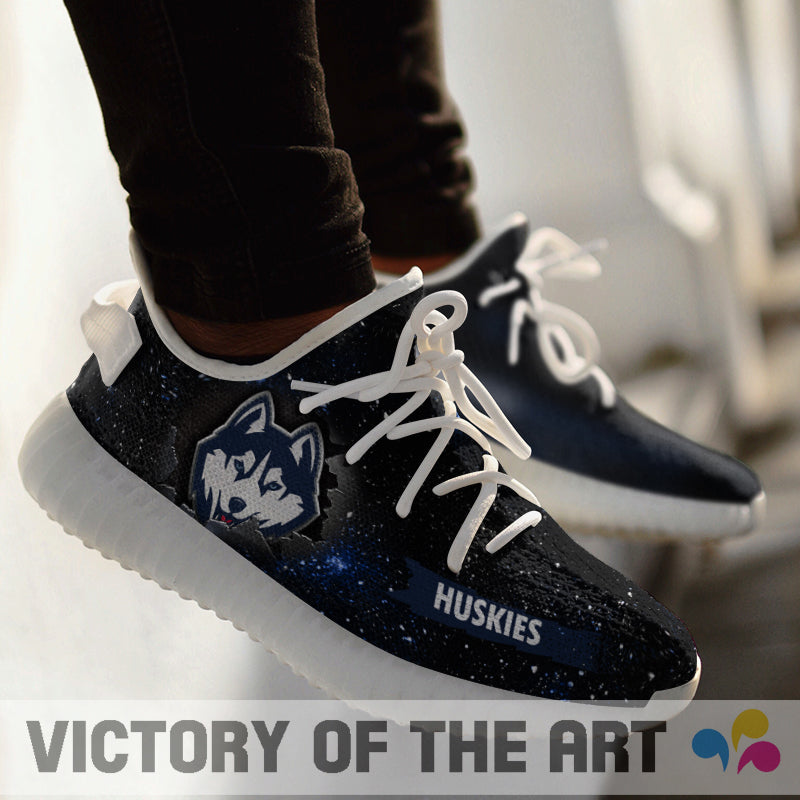 Art Scratch Mystery Connecticut Huskies Shoes Yeezy