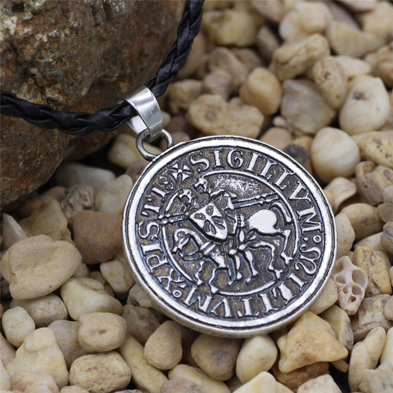 Norse Vikingm Mens Amulet Warrior Horse Circular Sliver Color Necklaces