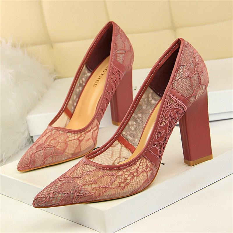 Women Square Heel Hard Lace Shoes - FashionzR4U