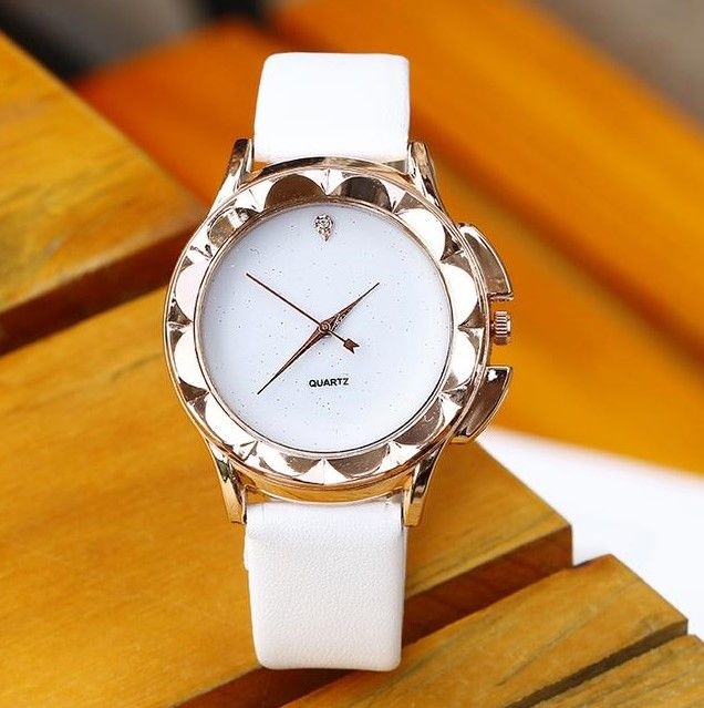 Women Simple Style Casual Leather Watch - FashionzR4U