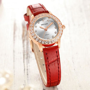 Women Simple Fashion Leather Strap Quartz Watch - FashionzR4U