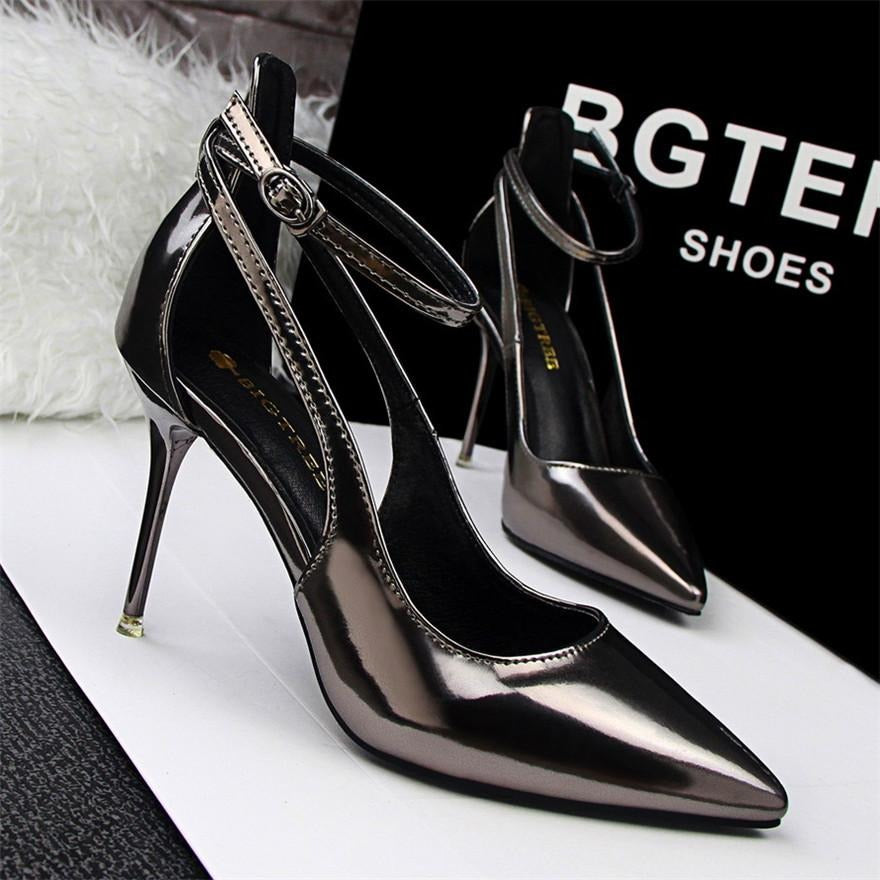 Women Cut Out Buckle Shoes - FashionzR4U