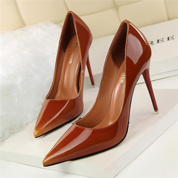 Women Thin Heel Patent Leather Shoes - FashionzR4U