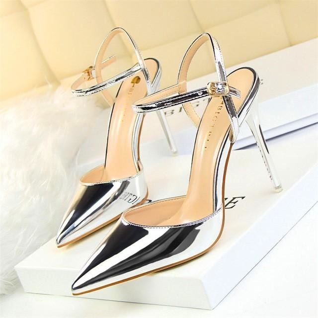 Women Gloss Leather Buckle Heel Sandals - FashionzR4U